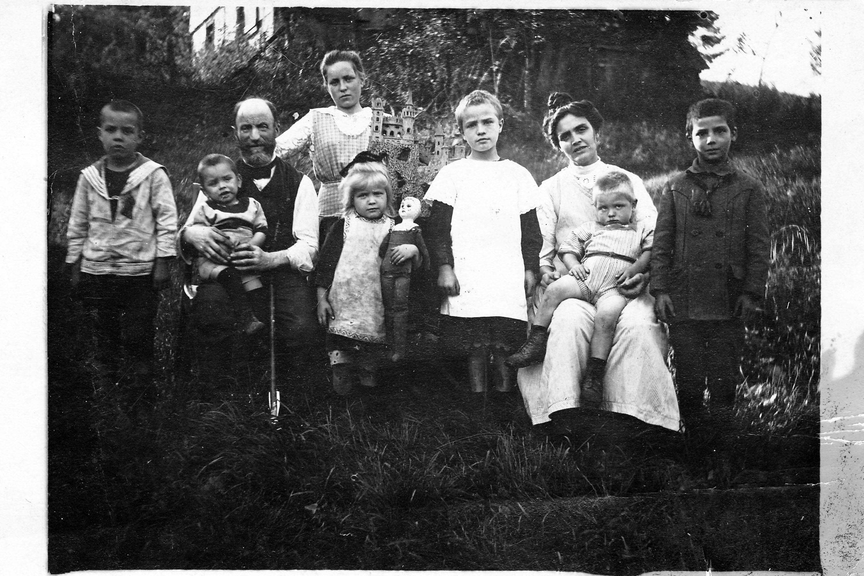 familie_dobelke_1912